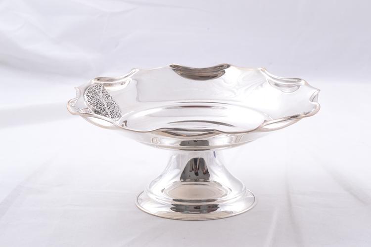 Cadouri deosebite fructiera argint masiv model frunza filigran