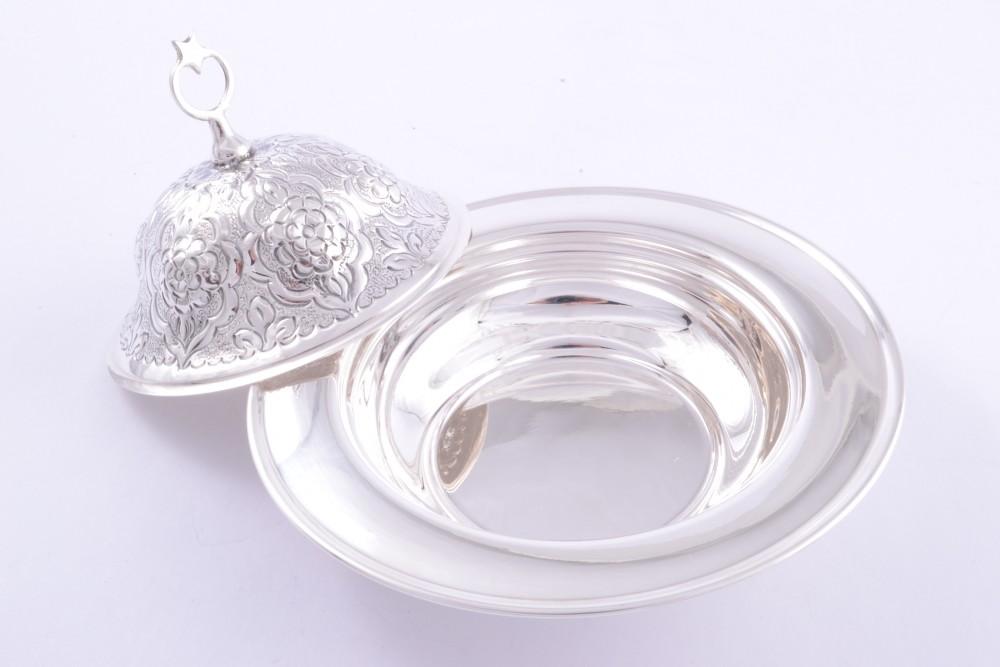 Bomboniera argint masiv cu capac