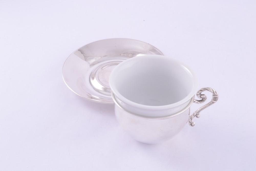 Ceasca si farfuriuta argint masiv + portelan