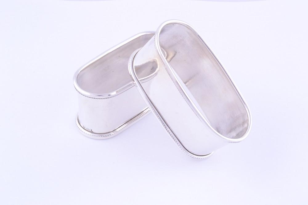Inel servetele argint masiv
